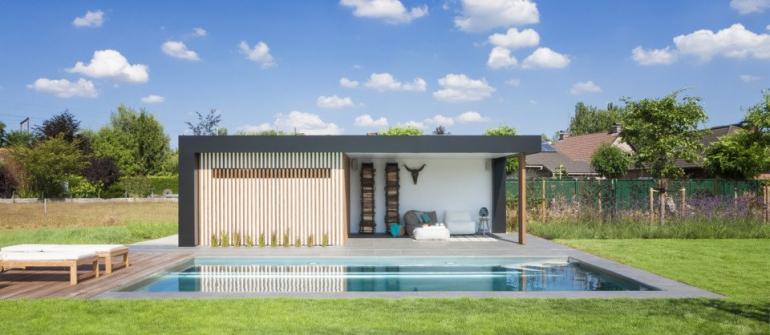 De mooiste zwembaden stelt een realisatie van Nouv'eau voor..