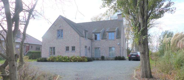 Luxueuze villa aan de Leie