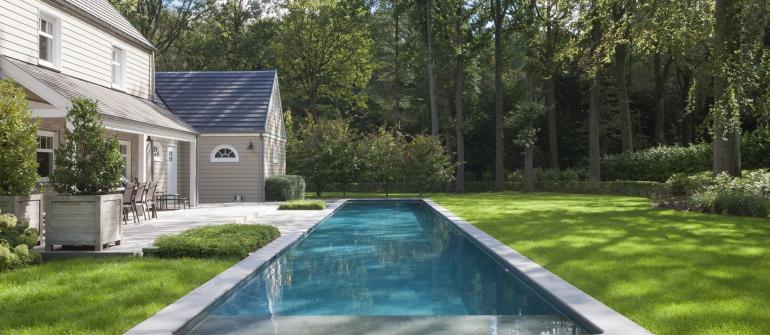 De mooiste zwembaden stelt een realisatie van Azuralux voor..