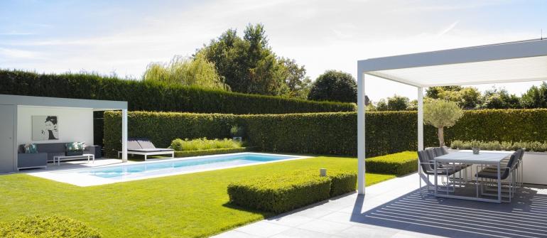 De mooiste zwembaden stelt een realisatie van Fou d'eau voor..