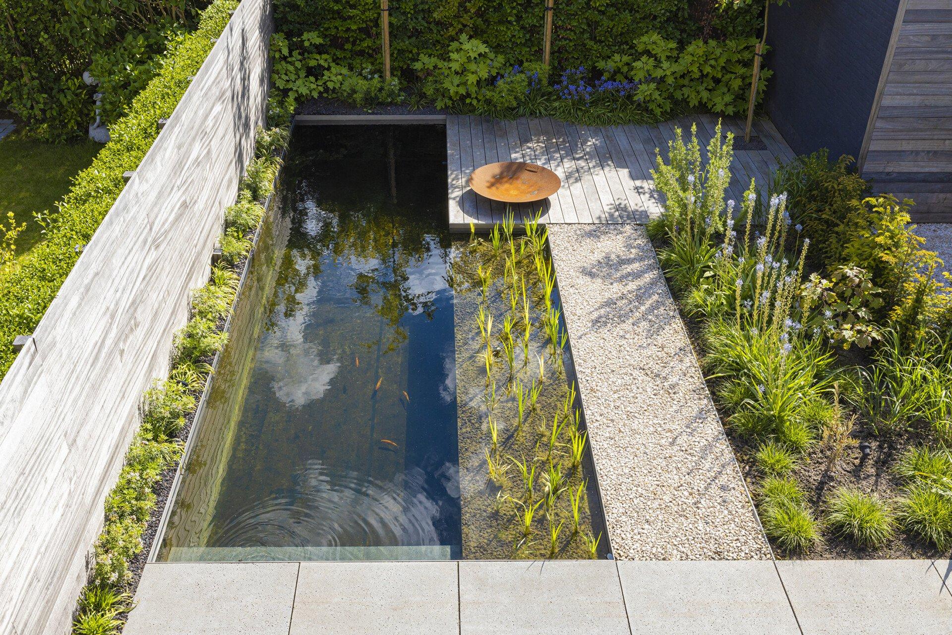 De mooiste zwembaden stelt een realisatie van PUR'EAU voor..